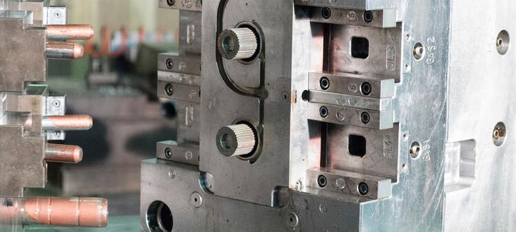 Mold maintenance